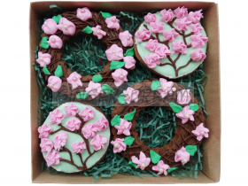 Сладкие подарки на день 8 марта Наборы пряников «Сакура в цвету»